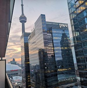 Cn Tower Beautiful Condo Downtown Toronto photos Exterior