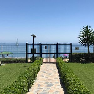Marbella - Estepona Beach Frontline Apartment photos Exterior
