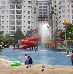 Top Largest Waterpark Resort-By Youbnb Homestay Melaka photos Exterior