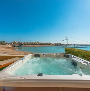Modern 1Br Apartment With Heated Jacuzzi Water Side El Gouna photos Exterior
