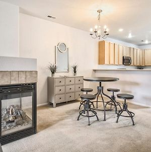 3Br Fireplace & Nearby Parks And Mountains photos Exterior