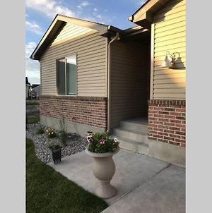 Newly Built Townhome In Idaho Falls photos Exterior