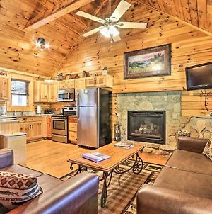 Smoky Mountain Cabin With Game Room And Hot Tub! photos Exterior