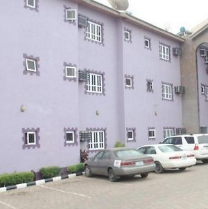 Room In Lodge - Indices Suites Gardens,,Lovely Secured And Boutique Hotel In Abeokuta photos Exterior