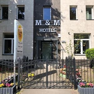 M&M Hotel - Wilhelmsburg photos Exterior