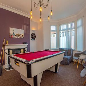 Riverside City Centre House With Hot Tub And Pool Table - Great For Groups! photos Exterior