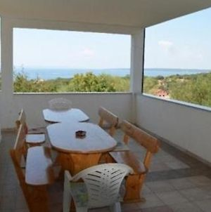 Apartment In Lun With Sea View, Terrace, Air Conditioning, Wi-Fi photos Exterior