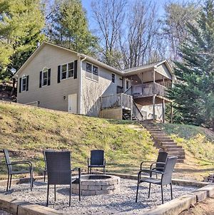 Bright Asheville Retreat With Hot Tub And Decks! photos Exterior