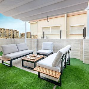 Luxury Home With Terrace photos Exterior