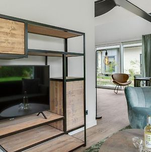 Luxury 6 Person Home On The Island Of Texel With Sauna And Sunshower photos Exterior