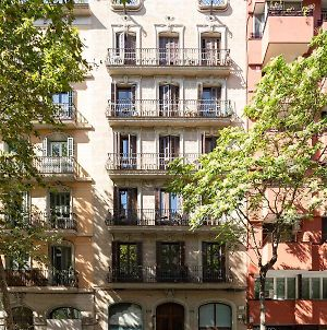 Chic Apartments Barcelona photos Exterior