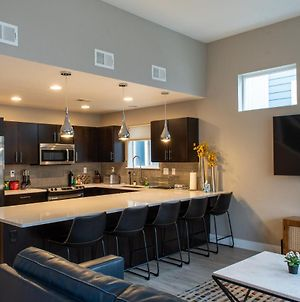 Modern Townhome Near Old Town, Breweries, & River! photos Exterior