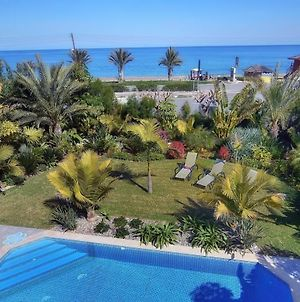Seafront 3 Bedroom Villa Medea With Private Pool And Garden. photos Exterior