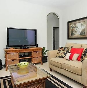 6 Bedroom 4 Bath Villa Has Everything Youa€™Ll Need For Your Next Vacation photos Exterior