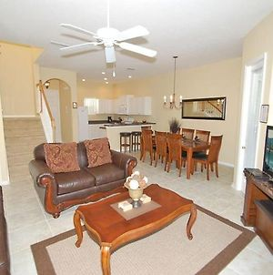 4 Bedroom Pool Home Close To All The Attractions photos Exterior