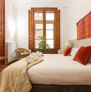 Great Spacious Apartment In The Gothic District City Center photos Exterior