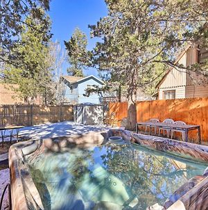 Rustic Cabin With Hot Tub, About 5 Mi To Ski Slopes photos Exterior