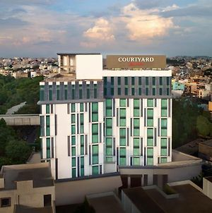 Courtyard By Marriott Hyderabad photos Exterior