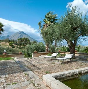 Alluring Holiday Home In Termini Imerese With Garden photos Exterior