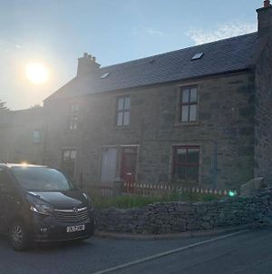Detached, Four Bedroom House In Scalloway photos Exterior