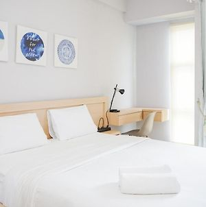 Well Furnished Studio Akasa Pure Living Apartment By Travelio photos Exterior