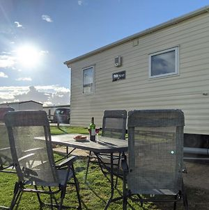 Nigella - West Sands Holiday Park - 2 Bedroom & Pet Friendly photos Exterior