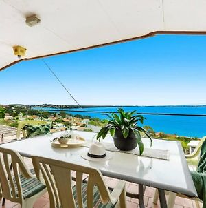 Spectacular Lake And Ocean View Holiday Home photos Exterior
