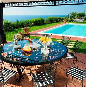 Villa In Catute Sleeps 10 With Pool Air Con And Wifi photos Exterior