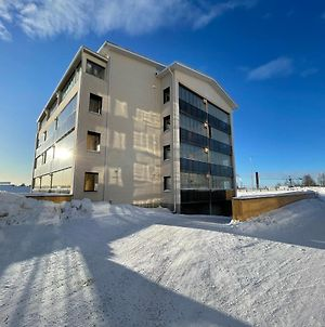Arctic Penthouse-Studio Equipped With 1 Gb/S Wifi. photos Exterior