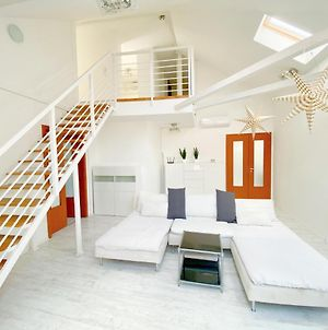 Loft With Rooftop And Garage photos Exterior