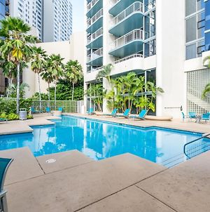 Downtown Honolulu Condo With Exceptional Views And Amenities photos Exterior