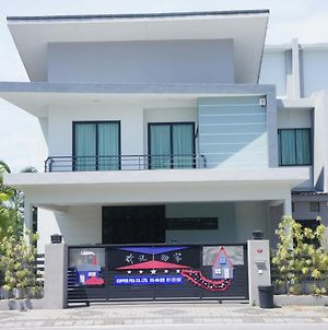5 Star Lakeview Semi D Homestay photos Exterior