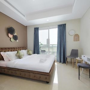 Signature Holiday Homes - Luxury Studio Apartment In Cleopatra, Wadi Alsafa photos Exterior