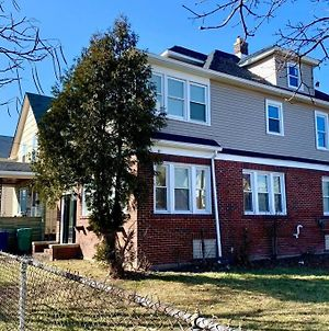 The Trotter Manor- With Private Yard & Free Parking, Minutes From Falls & Casino By Niagara Hospital photos Exterior