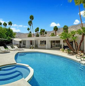 Canyon Oasis - Private Pool Home By Oranj Palm photos Exterior