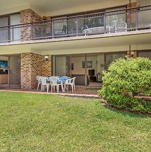 56 'Bay Parklands', 2 Gowrie Ave - Ground Floor, Air Conditioned & Foxtel photos Exterior