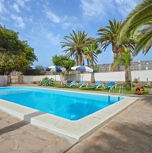 House With 2 Bedrooms In Buenavista Del Norte With Wonderful Mountain View Pool Access Enclosed Garden 1 Km From The Beach photos Exterior