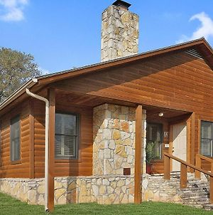 Wimberley Log Cabins Resort And Suites - The Oak Lodge photos Exterior