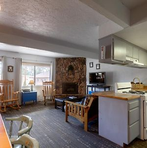 Village Suites Inn - Kodiak Bear - Perfect Location, In The Village! Can'T Be Better!!! photos Exterior