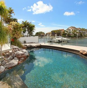 Yulunga 20 - 4 Bdrm Canal Home With Pool photos Exterior