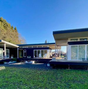 Modern, Secluded Retreat - Walk To The Plaza! photos Exterior