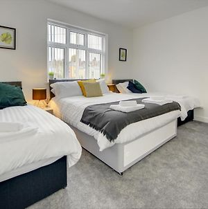 Merrivale House Serviced Accommodation By Cmc Property Investors photos Exterior