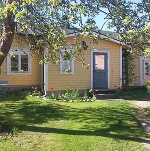 Vacation Home In Old Town Porvoo photos Exterior