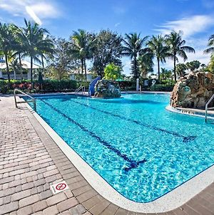 Naples Condo With Golf View And Resort-Style Amenities! photos Exterior