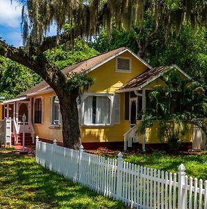 Charming 100-Year-Old Cottage-Great Value! photos Exterior