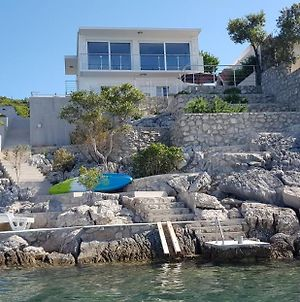 Seafront Villa In Low Populated Area photos Exterior