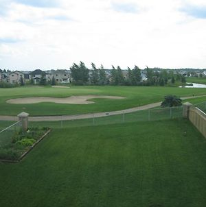 Great Location By Henday Whitemud, Beautiful View With Garage, Longterm Discount! photos Exterior