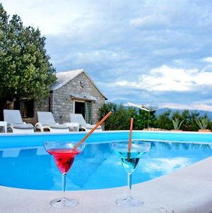 Holiday House In Pucisca With Terrace, Wifi, Washing Machine photos Exterior
