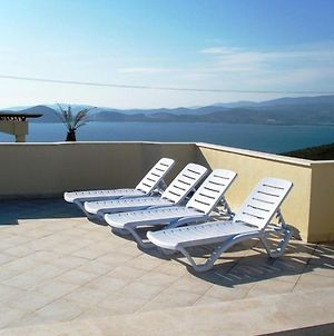 Beautiful Private Apartment In Prime Position With Fabulous Sea Views photos Exterior