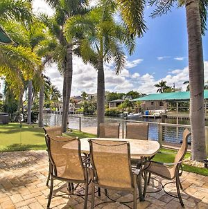 Sunny Waterfront Home By West Palm With Hot Tub photos Exterior